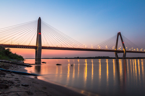 bridge sunset landscape nightshot vietnam nightlight hanoi 2014 longexporsure ef24105l canon5dmkiii lquang2410 lequang lequangphotography nhattanbridge