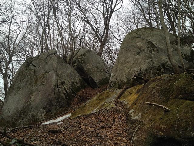 伊吹山 北尾根縦走路 巨岩