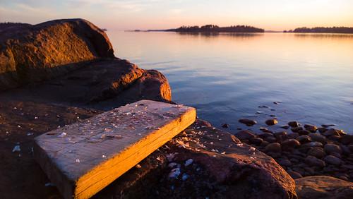 windows light sunset sun fish mobile espoo finland landscape nokia sundown 1020 kala available auringonlasku carlzeiss aurinko uusimaa kevät lumia esbo phoneography pureview lumiagraphy lumia1020