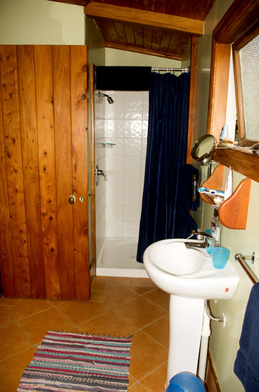Bathroom, unit 5, The Church 22 4 15 K55144