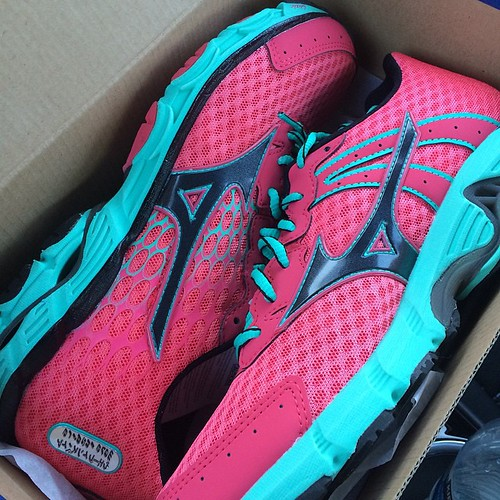 Ready to kick off a new training cycle with my fresh kicks: mizunorunning Wave Inspires.