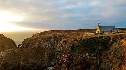 seascape brittany bretagne coastline finistère littoral chapelles pointeduvan capsizun