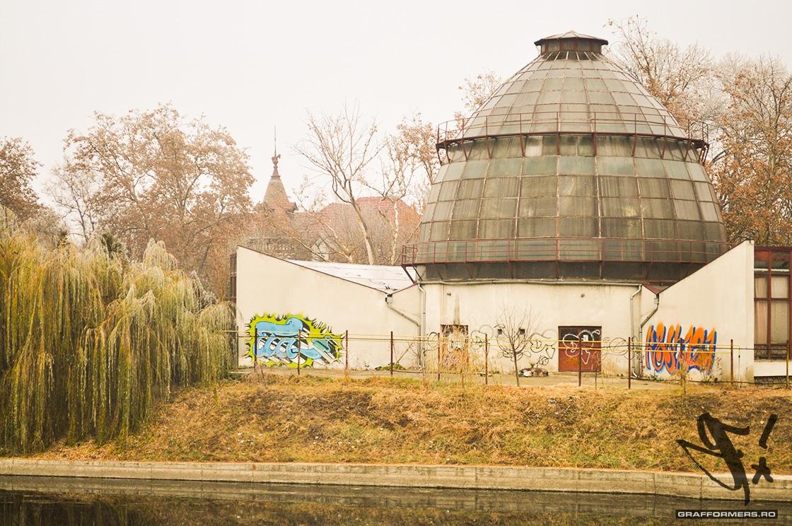 01-20111126-botanical_garden-oradea-grafformers_ro