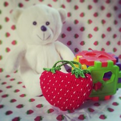 A purse inspired by Forevermore Twin-strawberry♡ #crochet #craft #crochetpurse #twinstrawberry #cute
