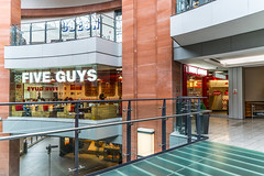 FIVE GUYS NEW BURGER JOINT [VICTORIA SQUARE IN BELFAST]-117848