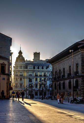 street sunset urban contraluz atardecer calle ciudad asturias urbano rayo oviedo sombras