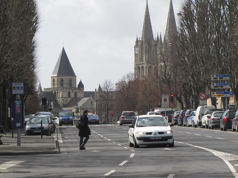 Saint Etienne, from afar, Caen