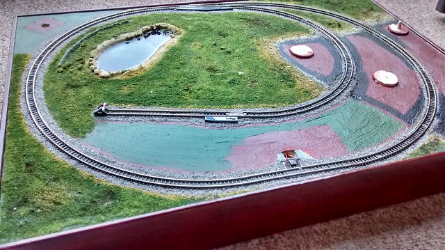 More grass filled in on my z-scale train layout