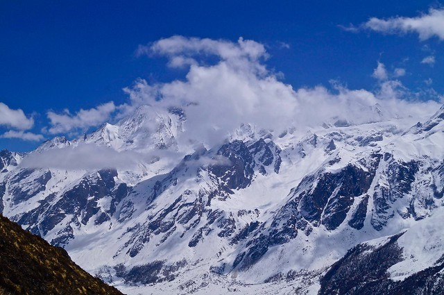 Langtang trek - Kristi 2 - via TinyBlackBird.com