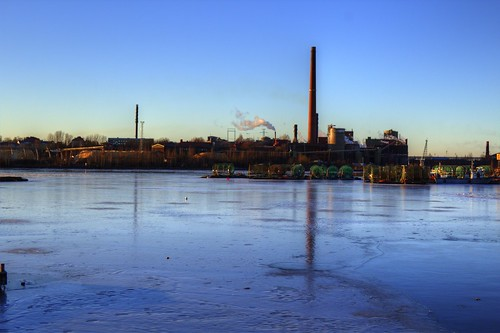 light sunset sea sun mill industry ice set contrast canon suomi finland paper landscape eos march frozen gulf kit pulp hdr thaw kotka 2015 photomatix 1200d