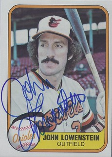 1981 Fleer - John Lowenstein #186 (Outfielder) - Autographed Baseball Card (Baltimore Orioles)