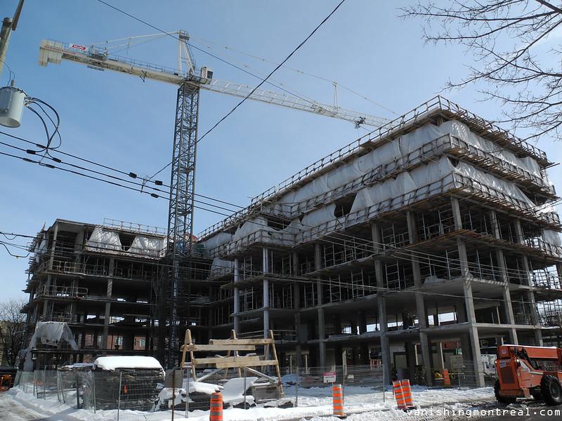 Construction Notre-Dame-de-la-Paix land 3