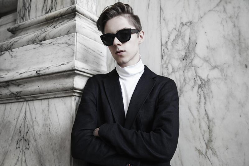 mikkoputtonen_fashionblogger_london_marble_outfit_frenn_puma_acnestudios5_web