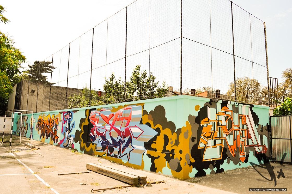 03-20110818-arts_high_school_yard_session_1-oradea-grafformers_ro