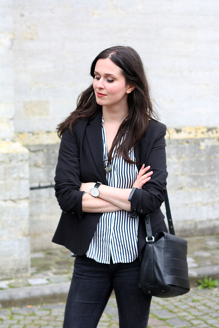 outfit: striped blouse, blazer, daniel wellington watch