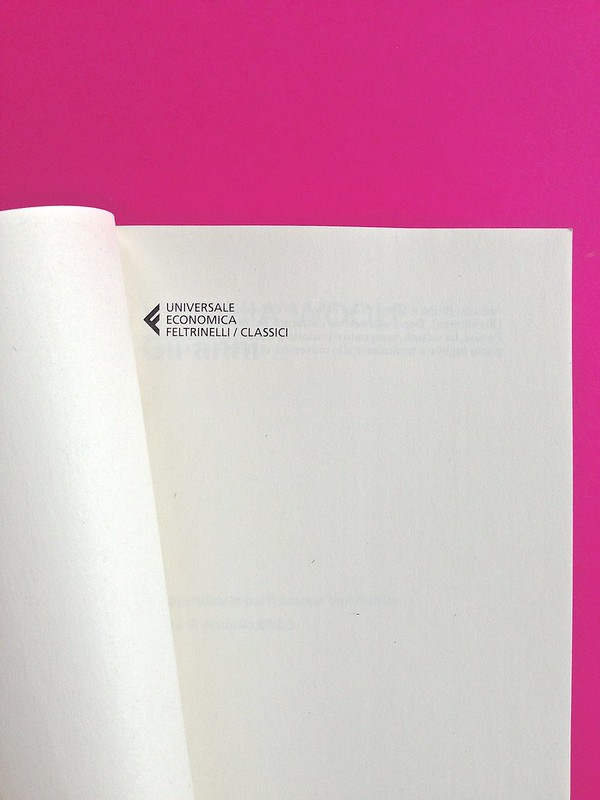 Gli anni, di Virginia Woolf. Feltrinelli 2015. Art dir.: Cristiano Guerri; alla cop.: ill. col. di Carlotta Cogliati. Pagina dell'occhiello, a p. 3 (part.), 1