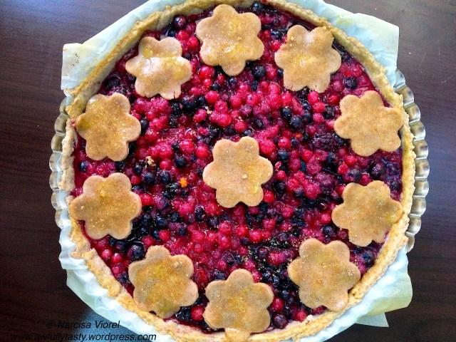 tarta cu fructe de padure