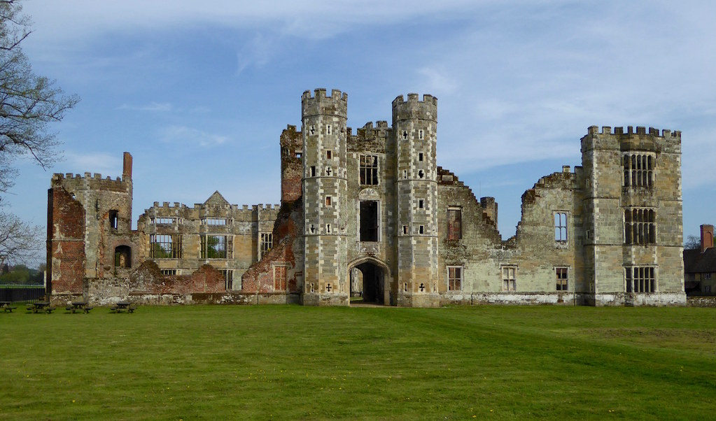 The ruins of Cowdray House, Midhurst Haslemere to Midhurst walk
