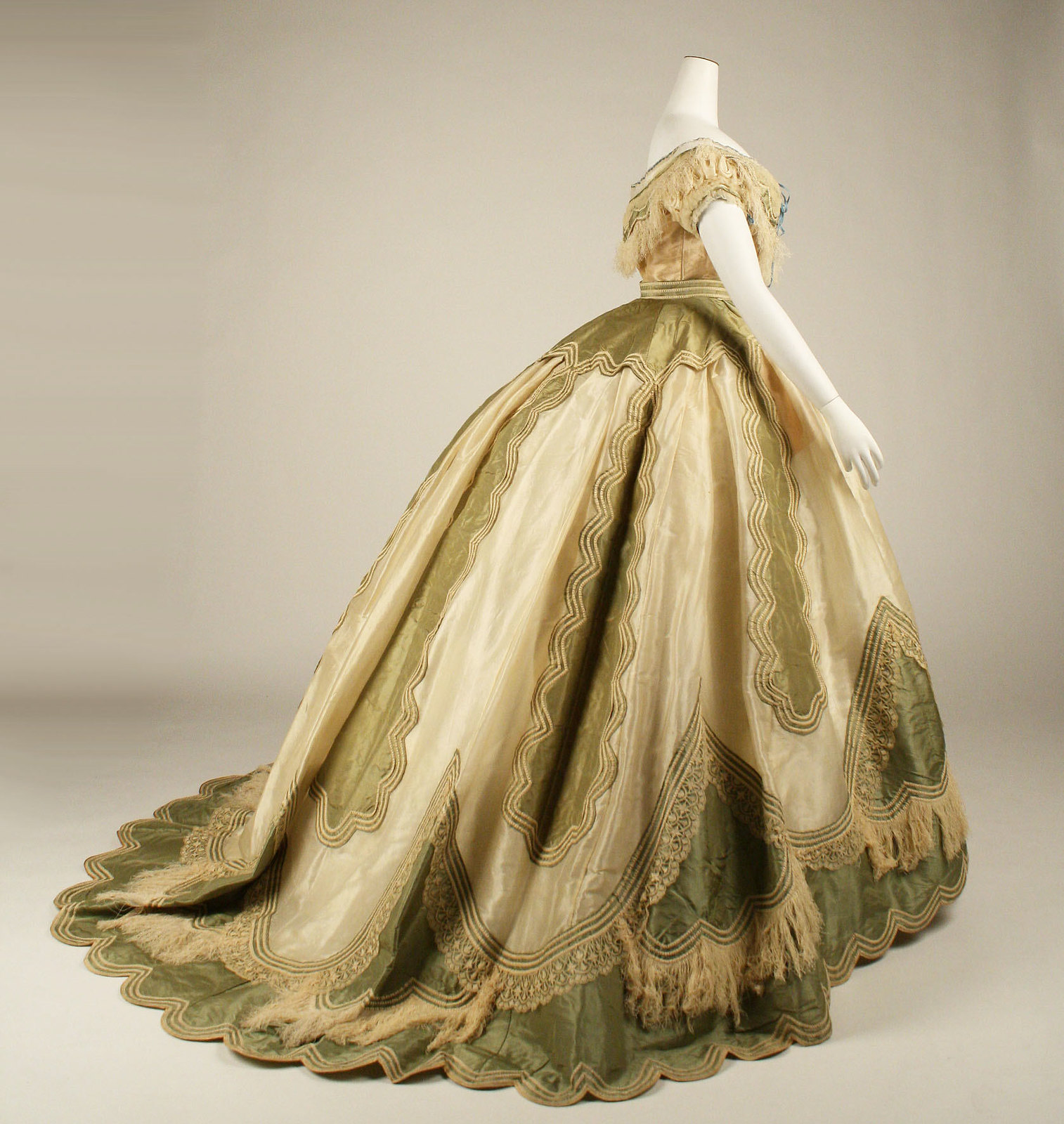 1865, French, silk. memuseum