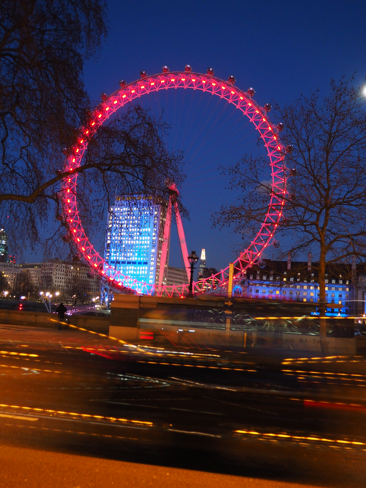 London Eye + Traffic