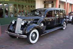 packard super eight(0.0), rolls-royce phantom iii(0.0), rolls-royce silver dawn(0.0), touring car(0.0), cadillac v-16(0.0), automobile(1.0), packard 120(1.0), vehicle(1.0), antique car(1.0), classic car(1.0), vintage car(1.0), land vehicle(1.0), luxury vehicle(1.0), motor vehicle(1.0),