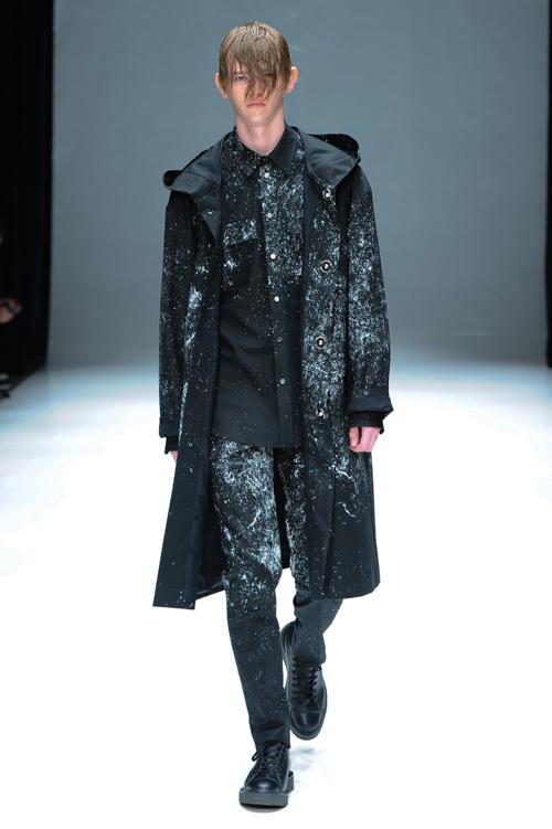 Robbie McKinnon3073_FW15 Tokyo DRESSEDUNDRESSED(Fashion Press)