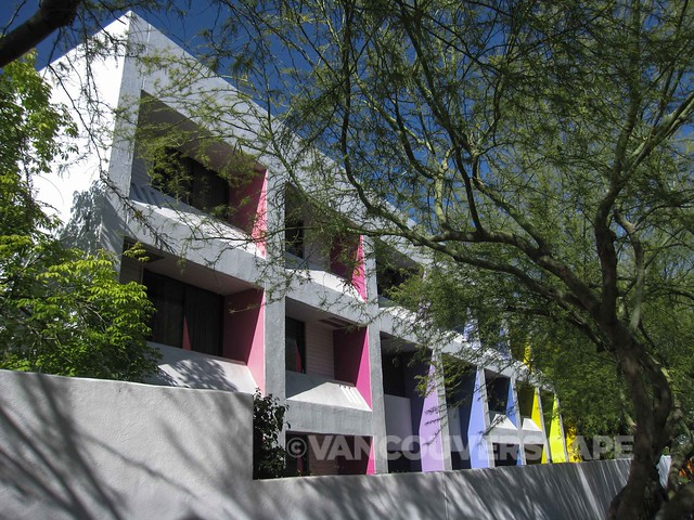 The Saguaro Scottsdale Boutique Lodging With A Colourful