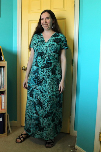 Maternity/nursing maxi-dress