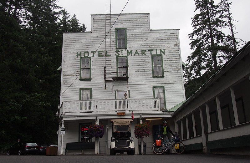 Neil and Beyond the Horizon at Hotel Saint Martin: Carson Hot Springs Resort