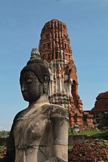 Image of  Wat Phra Mahathat. thailand buddha buddhism ayutthaya chedi phukhaothong พระนครศรีอยุธยา ภูเขาทอง phranakhonsiayutthaya เจดีย์ภูเขาทอง