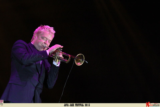 Java Jazz Festival 2015 Day 2 - Chris Botti (2)