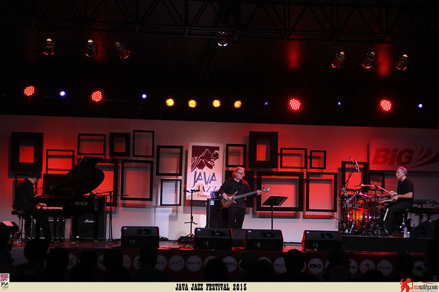 Java Jazz Festival 2015 Day 2 - Jon Regen