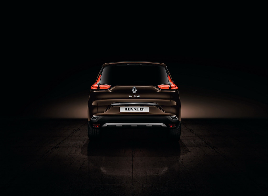 Новый Renault Espace Initiale Paris