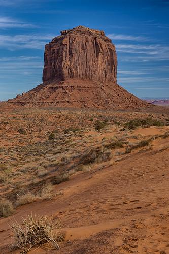 arizona southwest utah butte monumentvalley americanwest mittens navajoparks navajosandstones