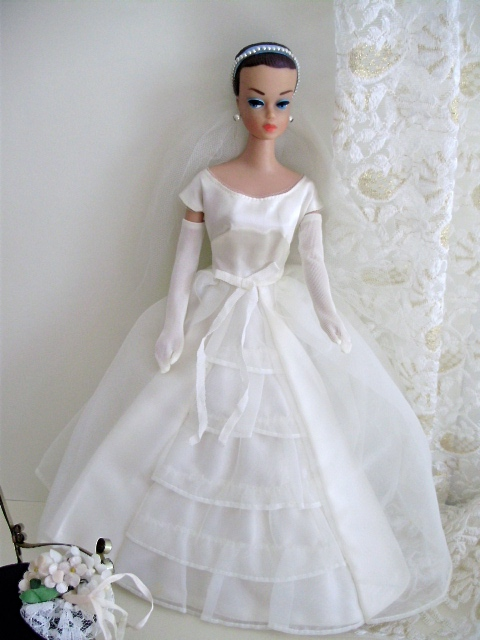 Barbie Fashion Queen 1963 wearing Bride´s Dream 1963-65
