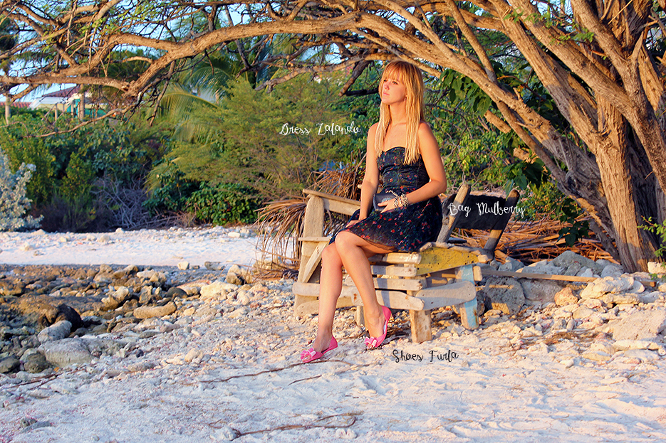 POSE-sunset-bonaire-4