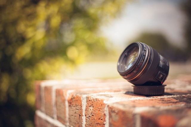 50mm 1.8 shooting my favorite 85mm 1.8