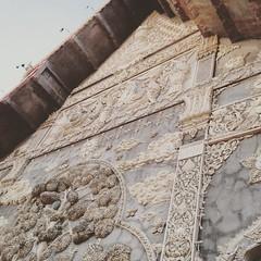 #lampoon #li #architecture #stucco #temple #bhuddist