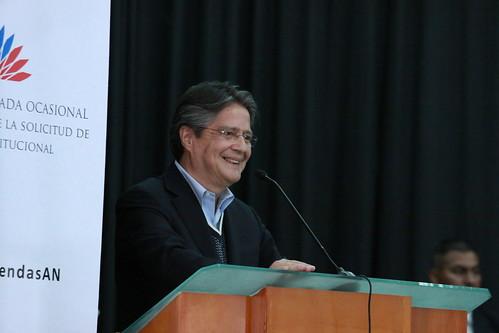 Guillermo Lasso, representante de Compromiso Ecuador interviene en diálogo ciudadano desde Ibarra