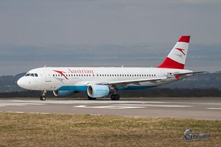 OE-LBS Airbus A320