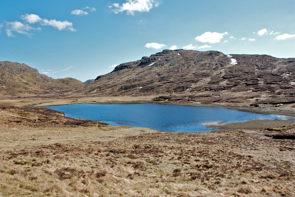 Lochan Beinn Chabhair and Parlan Hill