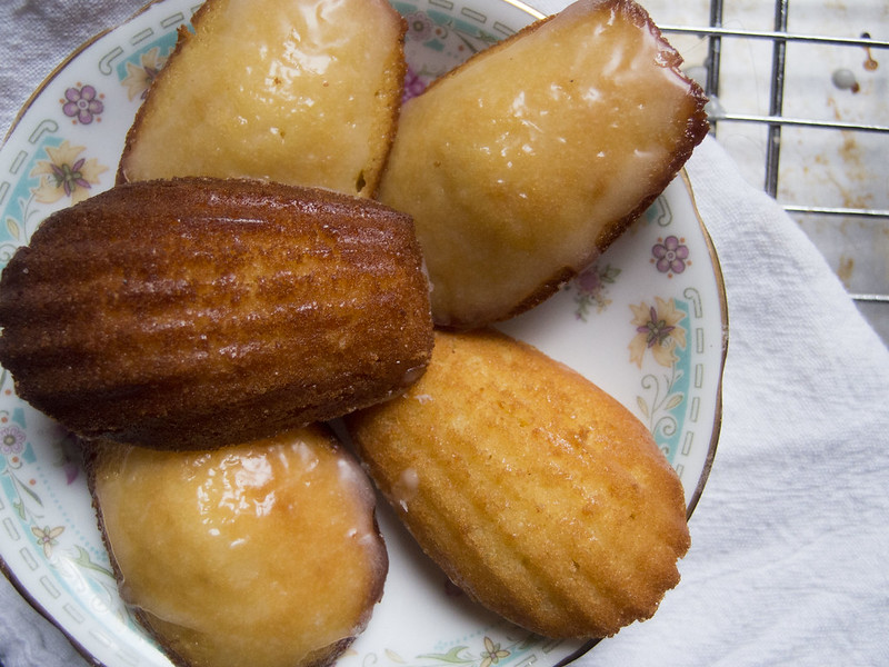 Perfect petite madeleines