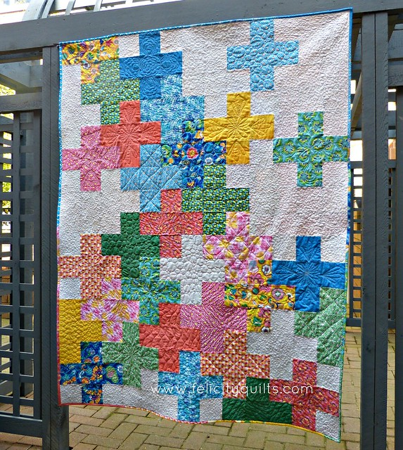 And...BLOOM!_Felicity Quilts, Bella Caronia, Windham Fabrics, Spring Bloom Fabric