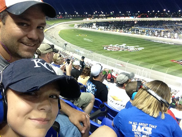 NASCAR at Kansas Speedway May 2016