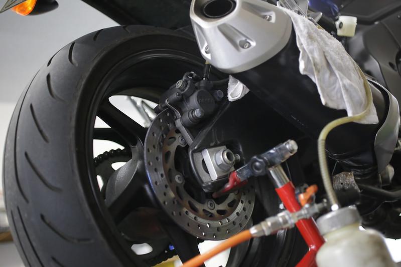 FZ1 リアブレーキマスター オーバーホール
