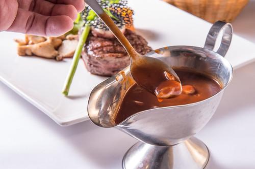 高雄50年牛排老店,新國際西餐廳堅持的傳統美味料理 (11)13味醬