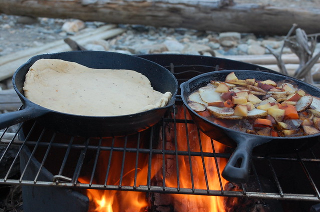 Camping: Stew and pizza
