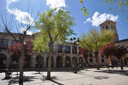 Corral de Almaguer (Toledo). Plaza