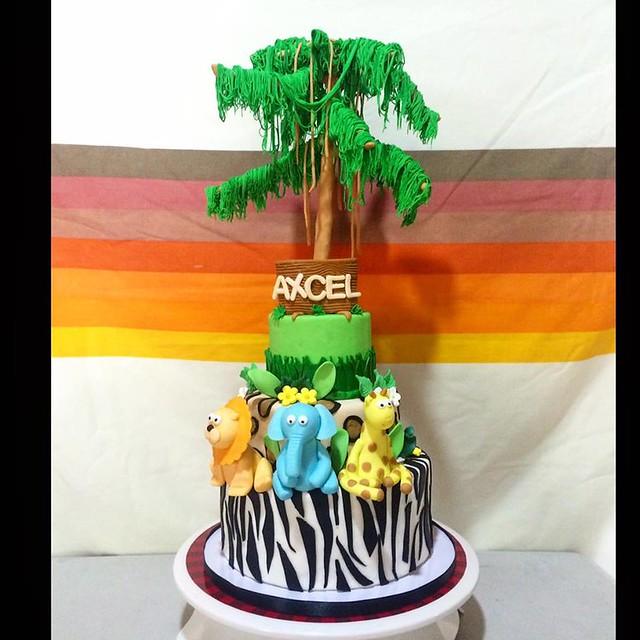 Cute Kiddie Cake by Rachel Anne Fernandez Santos