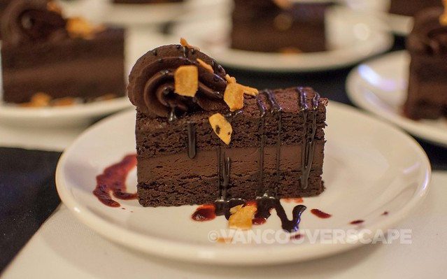 Tess' Belgian chocolate mousse torte
